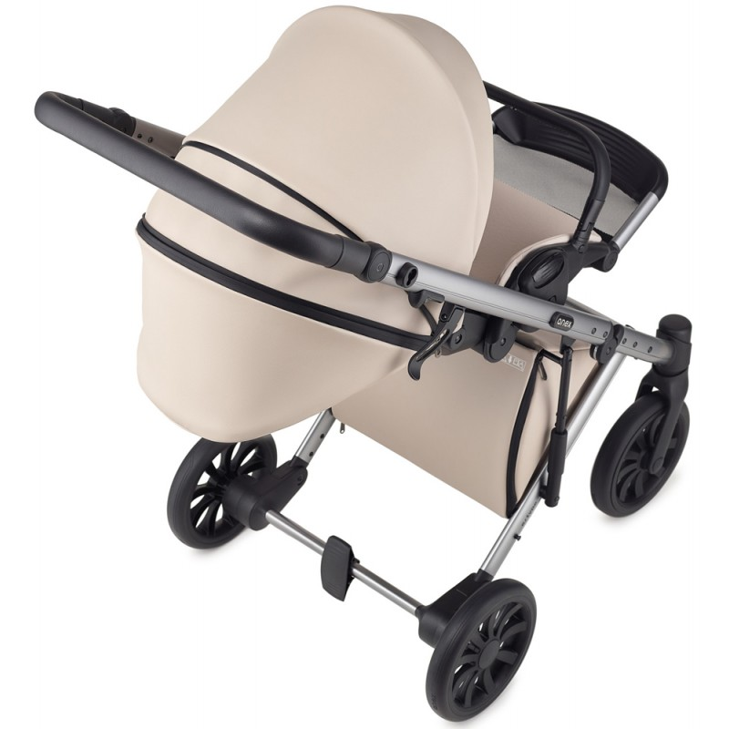Riko Nano Pro + Fotelik CabrioFix + Baza FamilyFix Wózek wielofunkcyjny 4w1